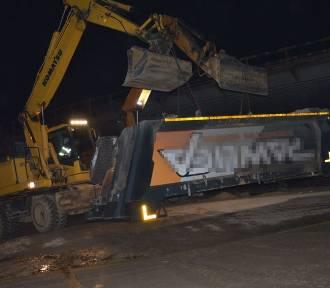 Ryki: Kierowca ciężarówki wjechał w wiadukt. Był trzeźwy