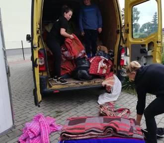 Akcja strażaków z OSP Mieroszyno: pełna miska dla schroniska | ZDJĘCIA