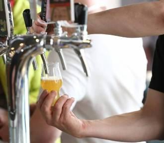 Międzynarodowy Dzień Piwa. Gdzie wybrać się na piwo w Warszawie? Podpowiadamy