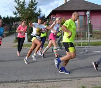 II Bieg Arasmusa w Kiełpinie - w biegu wystartowało 650 zawodników ZDJĘCIA, WIDEO