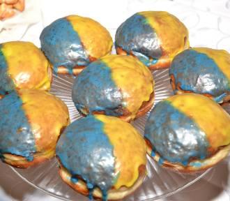 Niebiesko-żółte kreple na Dziyń Ślonskij Godki w Świerklanach