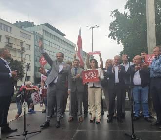 W Gdyni odbył się wiec poparcia prezydenta Andrzeja Dudy