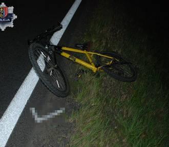 Rowerzysta nie miał kamizelki odblaskowej i świateł. Kulisy śmiertelnego wypadku