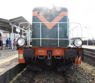 Czechowice-Dziedzice: retro pociąg na… retro dworcu [ZDJĘCIA]