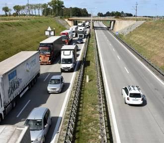 Ogromny korek na A4 do Wrocławia. Co tam się dzieje?
