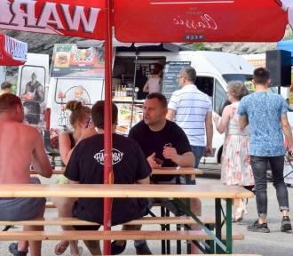 W Starachowicach zaparkowały food trucki z kuchnią z różnych stron świata [ZDJĘCIA]