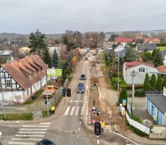 Remont ul. Świętokrzyskiej. Wkrótce będą wylewać nowy asfalt [zdjęcia]