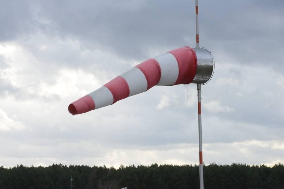 Poznań: IMGW ostrzega. Będzie mocno wiało [POGODA]
