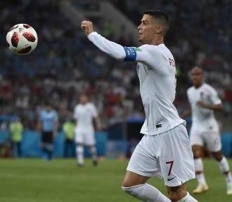 """Ronaldo przetarł szlak. Kolejny piłkarz """"posprzątał"""" swój stół"""