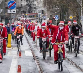 Gwiazdorzy na rowerach przejechali przez Poznań!