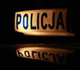 """Ciężarówka z """"lewymi"""" telewizorami w rękach policji"""
