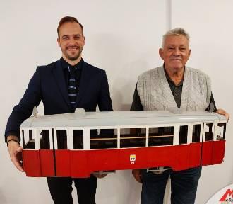 Pamiątki po bielskich tramwajach trafiły do Miejskiego Zakładu Komunikacyjnego