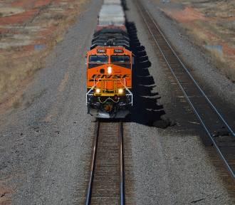 Pociągi pojadą szybciej i będzie ich więcej. To dzięki inwestycjom w Kostrzynie