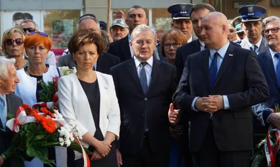 Obchody Czerwca 56: Na Kochanowskiego odczytano apel smoleński [ZDJĘCIA]