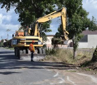 Rozpoczęły się prace przy przebudowie drogi powiatowej do Srocka Wielkiego [ZDJĘCIA]