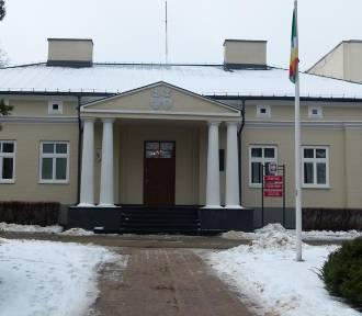 Cztery osoby powalczą o funkcję sekretarza miasta Zduńska Wola