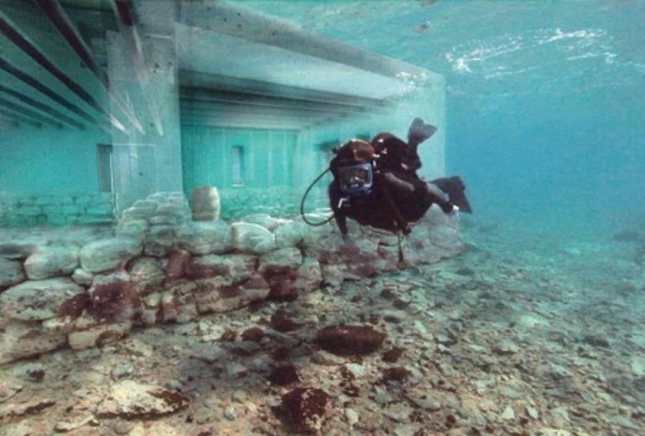 Pawlopetri, najstarsze podwodne miasto świataZnajdujące się u południowego wybrzeża greckiego Peloponezu Pawlopetri jest uznawane za najstarsze zatopione miasto na świecie