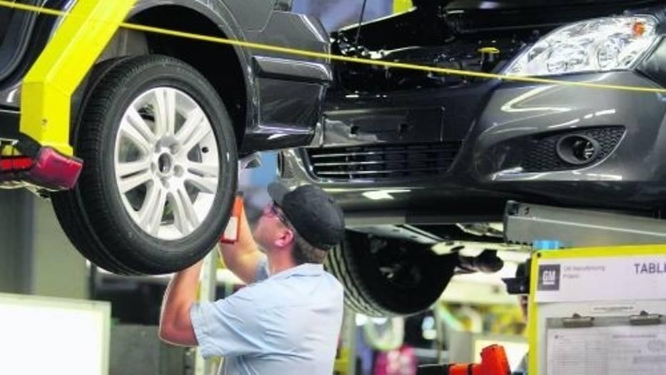Przemysł samochodowy to jedna z tych branż, które wciąż notują systematyczny spadek produkcji
