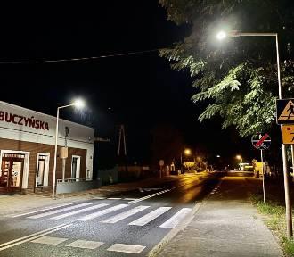 Nowe lampy zamontowano przy przejściach dla pieszych