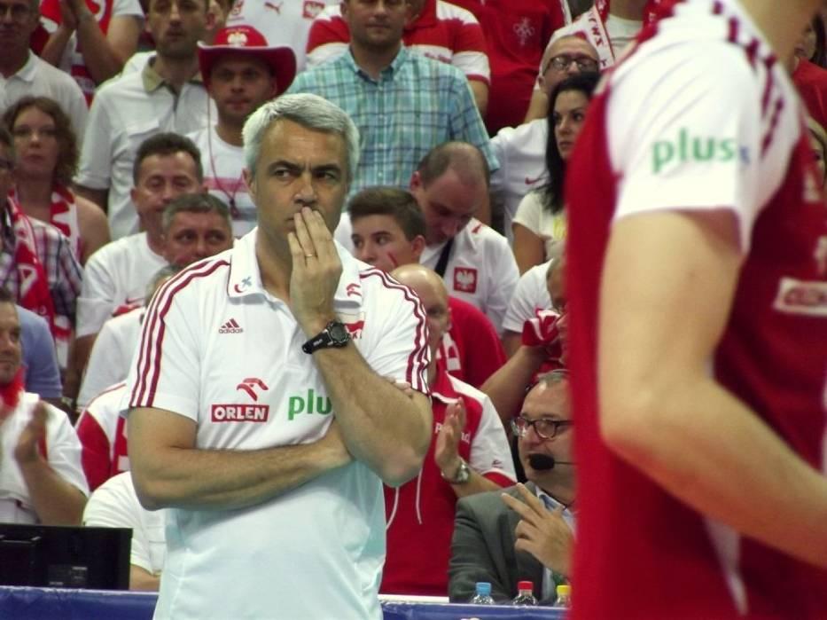 Andrea Anastasi bacznie obserwował swoich podopiecznych podczas piątkowego meczu z USA