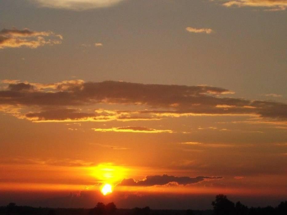 Okrzeja zachód słońca widziany z Dworu Sienkiewicz