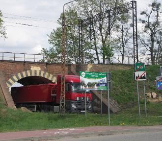 Kolejny etap prac na linii kolejowej do Wrocławia [FOTO]