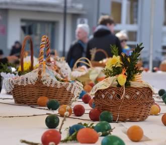 Święcenie pokarmów w Głogowie i podgłogowskich parafiach. GODZINY