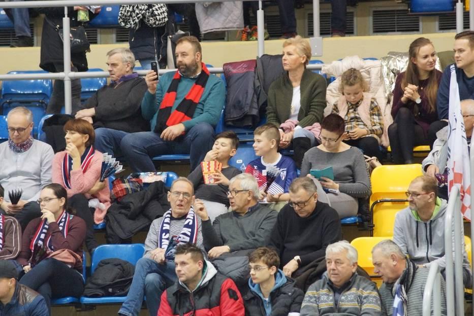 Kibice Energa MKS Kalisz podczas meczu z MMTS Kwidzyn w Pucharze Polski