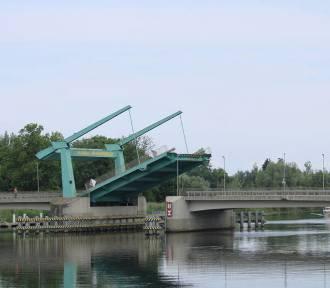 Prace remontowe na moście zwodzonym w Drewnicy. W nocy wystąpią utrudnienia w ruchu