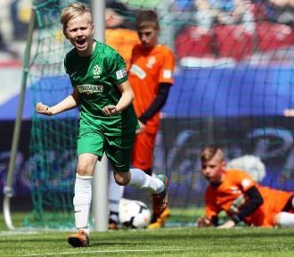 Wojewódzkie finały Pucharu Tymbarku. Dzieci walczą o grę na Narodowym