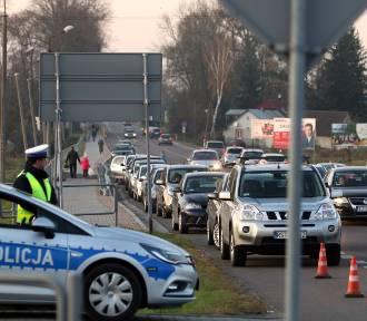"""Akcja """"Znicz"""" na dolnośląskich drogach. 19 wypadków, 27 rannych, 1 osoba nie żyje"""