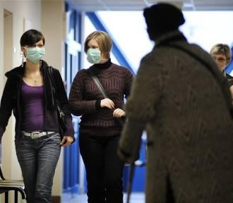 Lekarze apelują, by noszenie maseczek było obowiązkowe