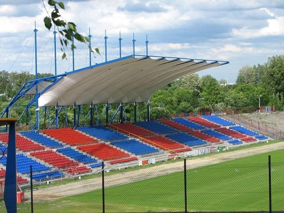 Bytomski stadion, ciągle w modernizacji