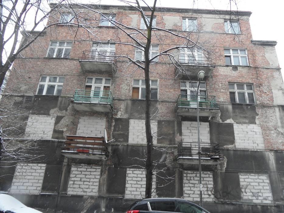 W Sosnowcu nie brakuje też niezamieszkałych przeznaczonych do rozbiórki kamienic
