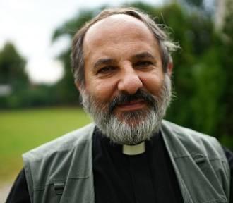 Tarnowska kuria grozi ks. Isakowiczowi-Zaleskiemu pozwem za wpis o pedofilii w diecezji