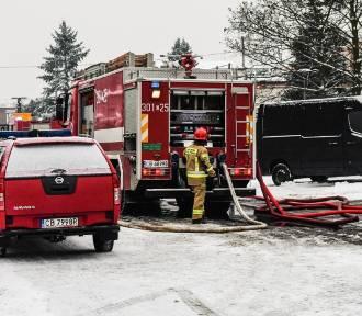 Tyle dostają strażacy za ratowanie życia! Tak płacą w Polsce