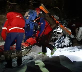 Leżał w nocy w śniegu kilka godzin, bo spadł z wysokości. Uratowali go wałbrzysko-kłodzcy goprowcy