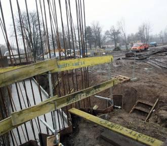 Budowa zbiorczej drogi południowej w Legnicy [ZDJĘCIA]