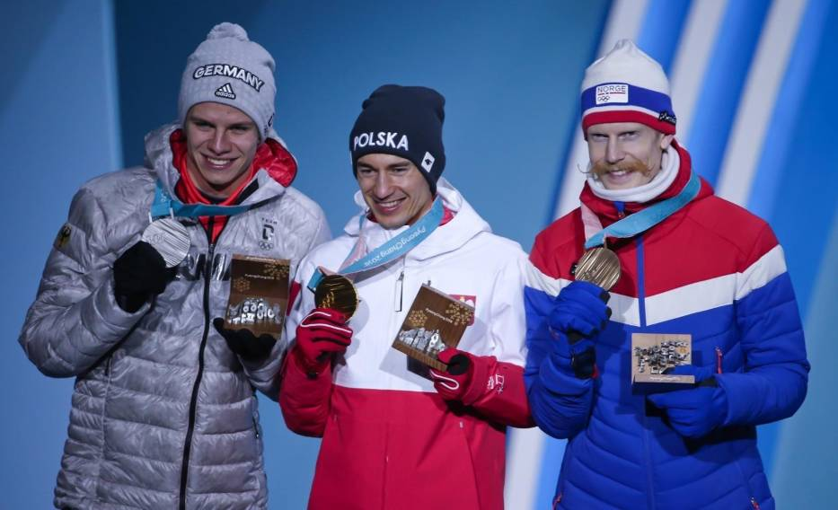 Kamil Stoch odebrał swój trzeci złoty medal olimpijski