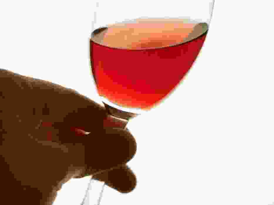 Wino Sophia - wino z tym znakiem towarowym nie jest związane ani z konkretnym producentem, ani regionem, jednak to własność bułgarskiej Izby Producentów Wina