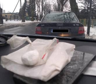 Lipno. 35-latek z gminy Lipno schował w audi 9,5 g amfetaminy. Skrytka była niezwykła