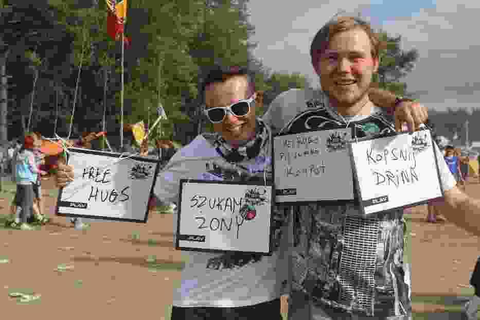 Woodstockowicze i ich napisy