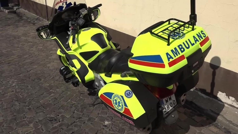 - Na miejsce w pierwszej kolejności zadysponowano motocykl ratunkowy