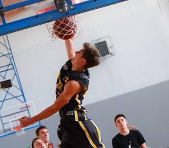 Koszykarska rywalizacja o Puchar Gminy Nowa Karczma [GALERIA ZDJĘĆ]
