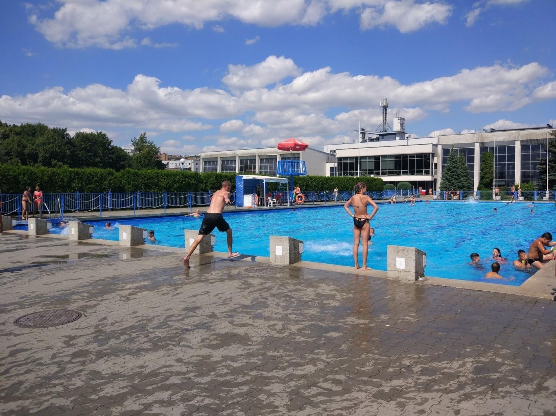 Od soboty Poznaniacy mogą korzystać z basenu letniego Chwiałka