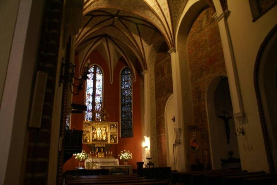 Kościoły w Poznaniu - msze św. w niedziele i dni powszednie.