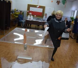 Trwają wybory. Tak głosują mieszkańcy Szczecinka [zdjęcia]