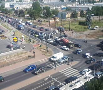 Kraków. Awaria świateł i wielkie korki w Łagiewnikach
