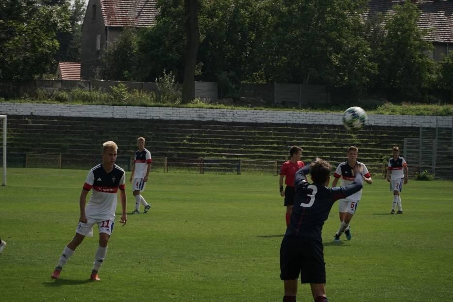 Górnik Zabrze wygrał z Pogonią Szczecin 1:0 w Centralnej Lidze Juniorów