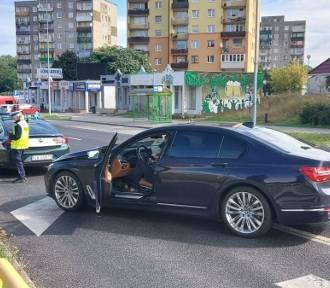 Potrącenie na Sulechowskiej. Kobieta była na pasach, kiedy uderzył w nią samochód